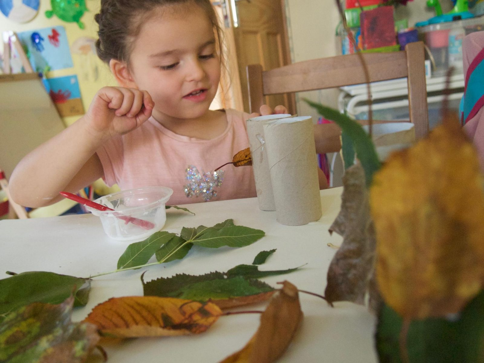 Autumn Crafts - A Leaf Family