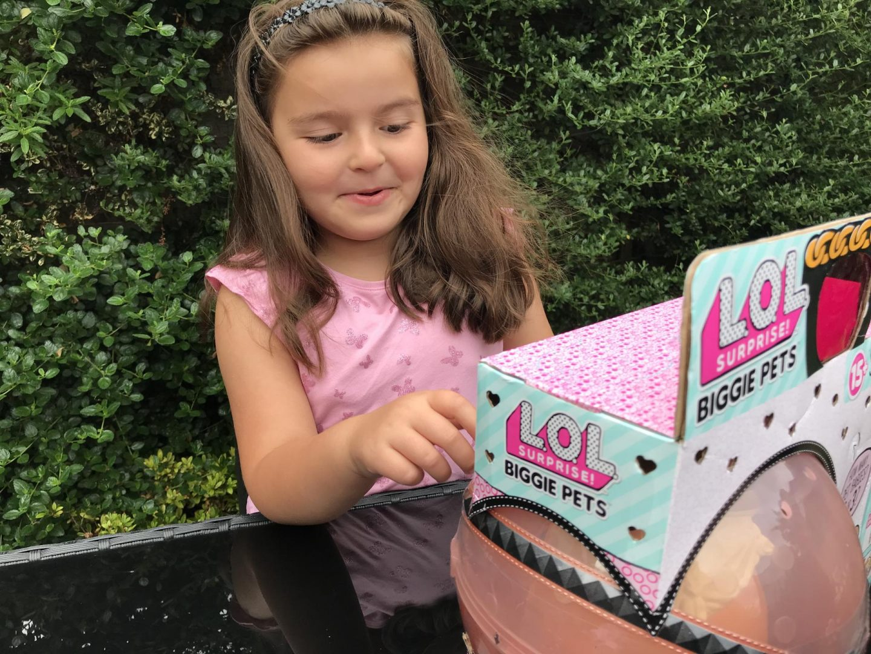 L.O.L. Surprise! Biggie Pets Review
