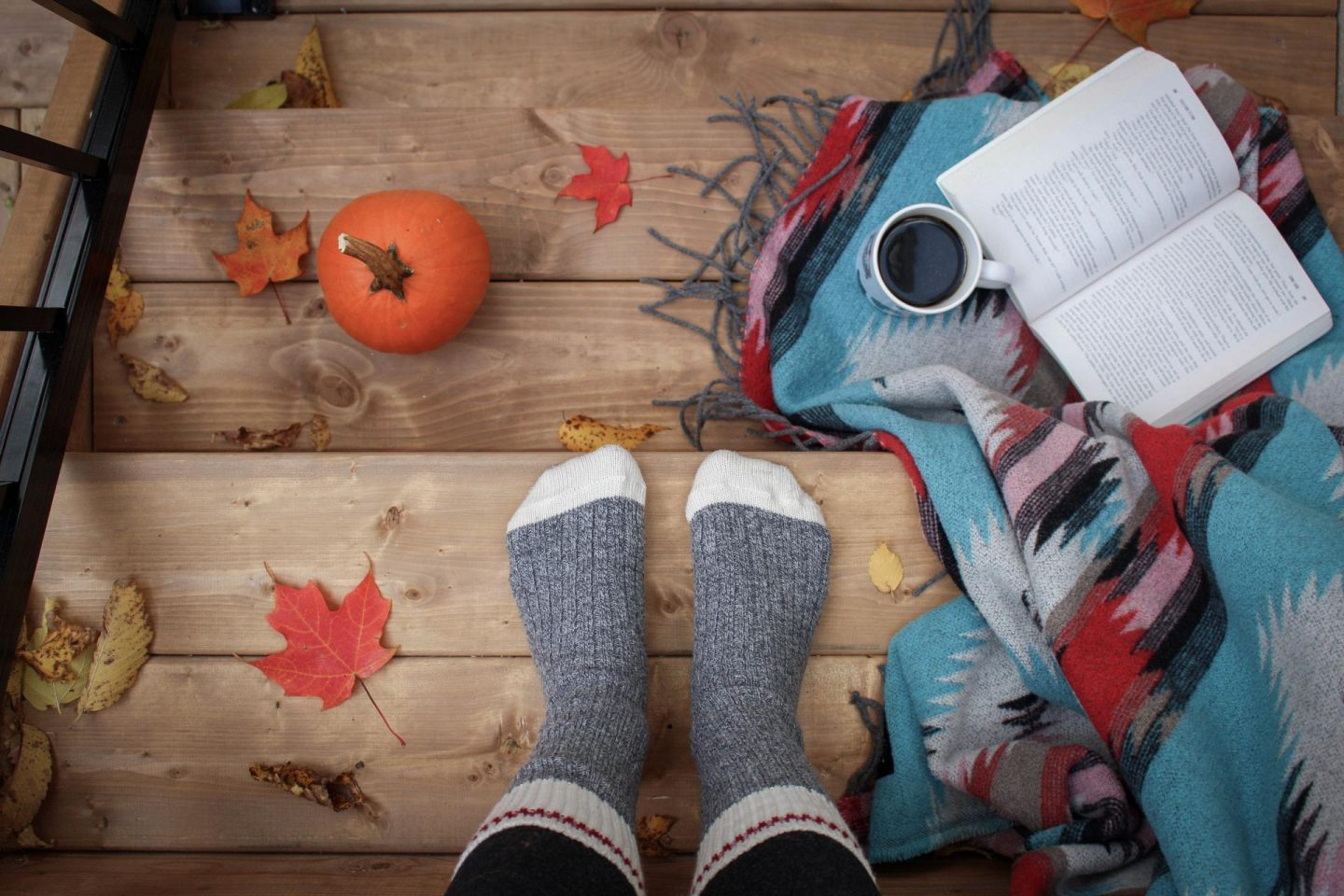 The 7 inevitable stages of #Blogtober18
